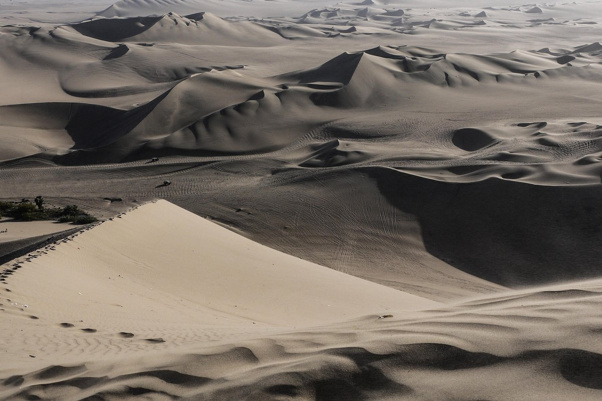 Sand dunes were stunning...but tough going © Jamie Ramsay